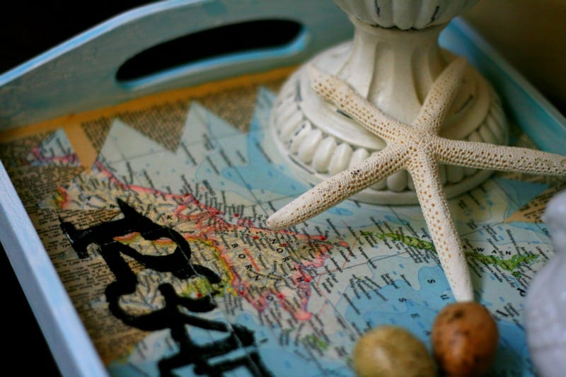 Decoupage How To | Vintage map tray by TodayscreativeLife.com
