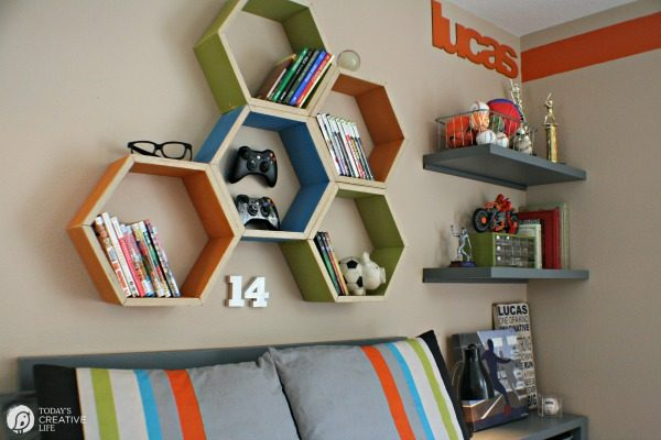 Bedroom Makeover Ideas for Boys | Hexagon Shelving. TodaysCreativeLife.com