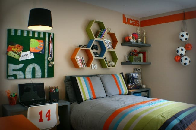 Cool Bedrooms for Teen Boys | Boy Bedroom Ideas | Decorate a sports theme boy bedroom | Click on the photo for more details. TodaysCreativeLife.com
