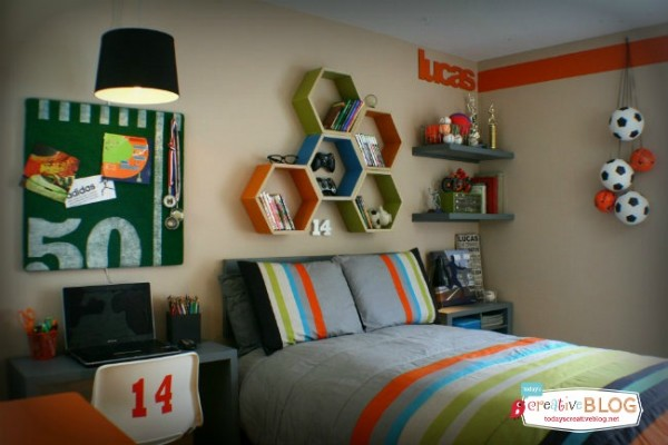 Cool bedroom for teen boys | TodaysCreativeLife.com Designed with help from Aaron Christensen | Boy Bedroom Ideas | Decorate a sports theme boy bedroom | Click on the photo for more details. TodaysCreativeLife.com