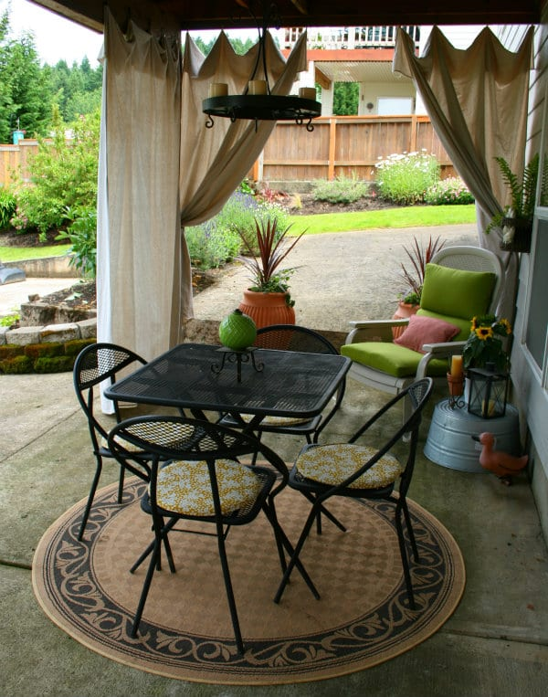 Drop Cloth Outdoor Curtains | TodaysCreativeLife.com