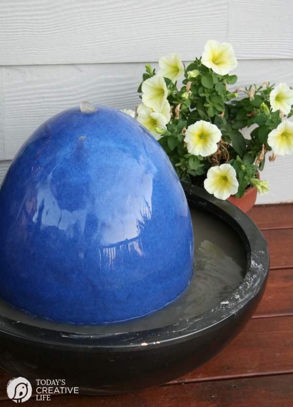 diy patio fountain | TodaysCreativeLife.com