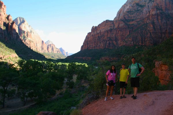 Summer Bucket List | What's on your bucket list? Zion National Park | TodaysCreativeLife.com