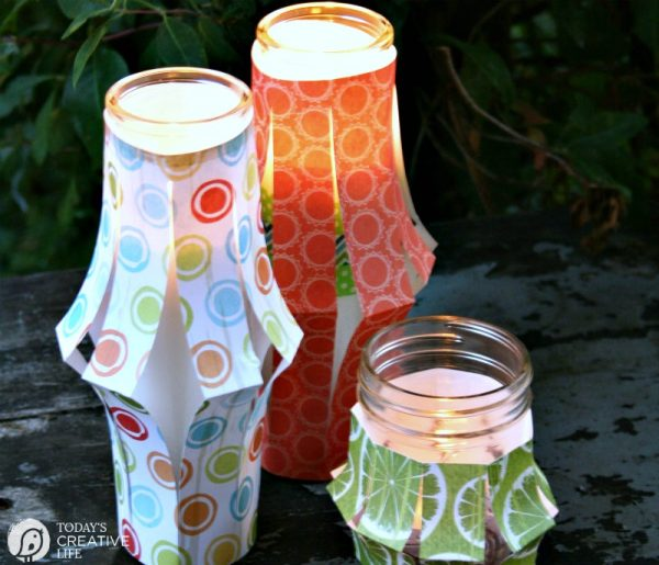 Paper Lantern Tutorial | This simple DIY Craft is great for party or patio decorations. Paper Crafts | See it on TodaysCreativeLife.com