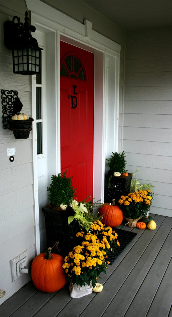 My fall front porch today 39 s creative life - Fall front porch ideas ...