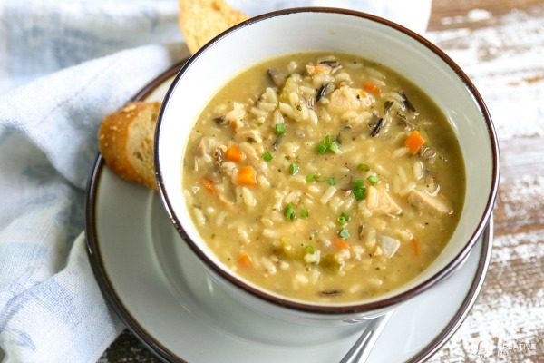 Chicken and Wild Rice Soup | Made with Uncle Ben's Wild Rice | Add veggies and chicken | TodaysCreativeLIfe.com