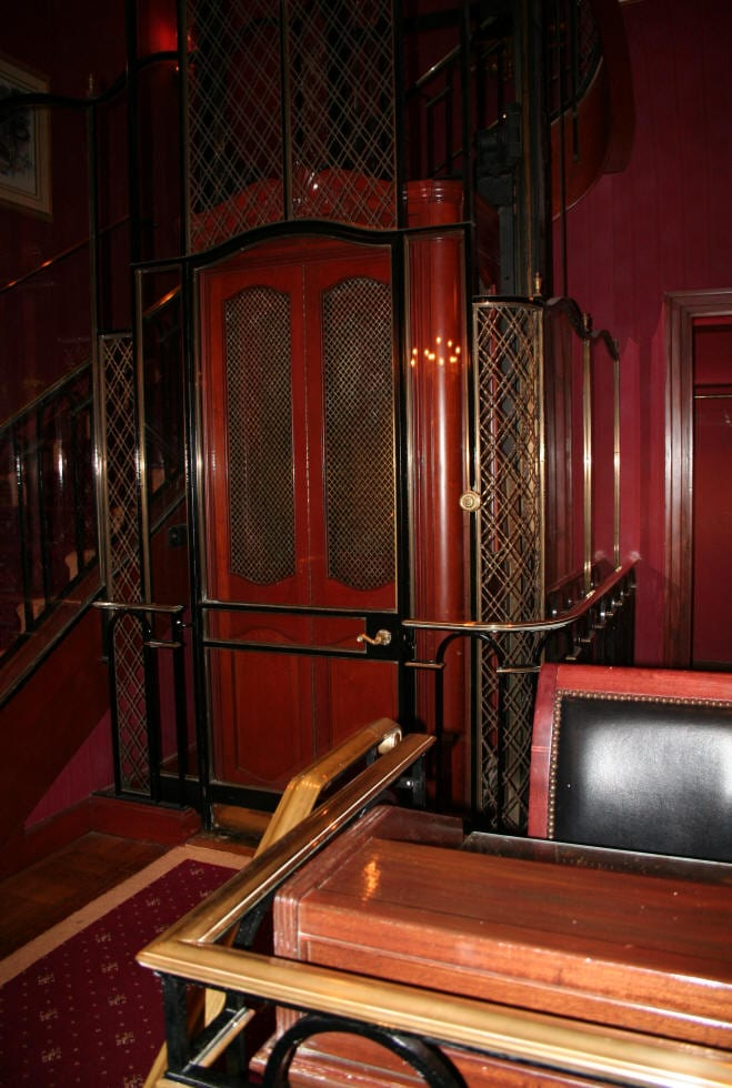 Disneyland Tours | Walk in Walt's footsteps | TodaysCreativeblog.net  French elevator club 33
