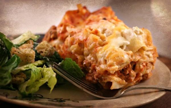 Crockpot Lasagna TodaysCreativeLife
