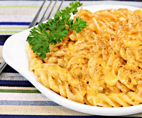Crockpot Mac & Cheese | TodaysCreativeLIfe.com