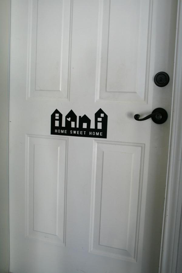 Garage Door Message - Todays Creative Blog