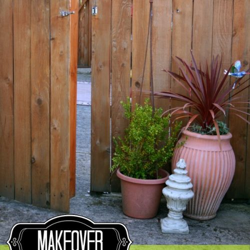 Planting Area | Create your own outdoor potting bench and planting area with these simple ideas. Find more on Today's Creative Life