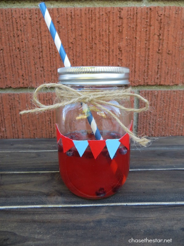 Duck Tape Mason Jar | TodaysCreativeLife.com
