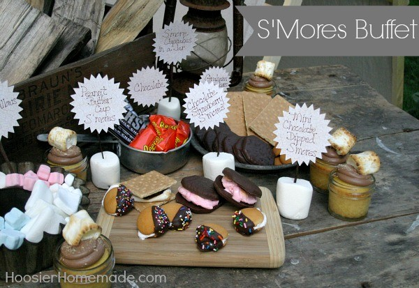S'Mores Bar Buffet by Hoosier Homemade for Today's Creative Life | Smore's recipe | Camping food| Fire side | See how to set up your own Smore's buffet | TodaysCreativeLife.com