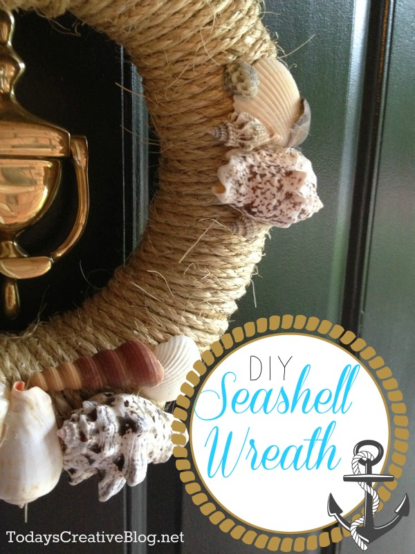 Easy DIY Beach Theme Wreath | TodaysCreativeBlog.net