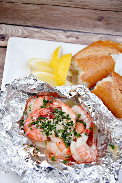 Grilled Shrimp |Lemon Butter, Chive,Garlic Shrimp| Tin foil dinners | Dinner for Camping | Campfire meals | Grilling and BBQing | TodaysCreativeLife.com
