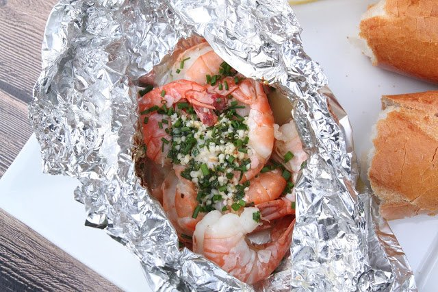 Grilled Shrimp   Tin foil dinners   Dinner for Camping   Campfire meals   Grilling and BBQing   TodaysCreativeLife.com