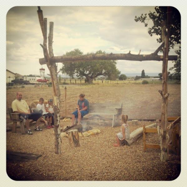 Campfire Recipe {Woof Em's} | TodaysCreativeBlog.net