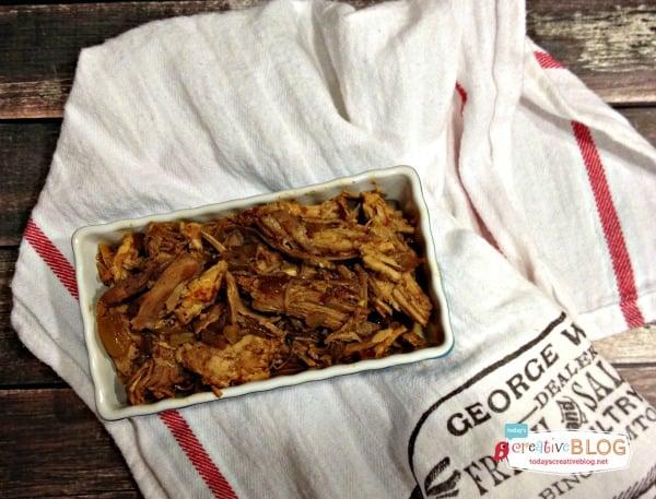 crock pot sweet pulled pork | TodaysCreativeBlog.net