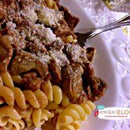 Crock Pot Beef Stroganoff | Slow Cooker Sunday | TodaysCreativeBlog.net