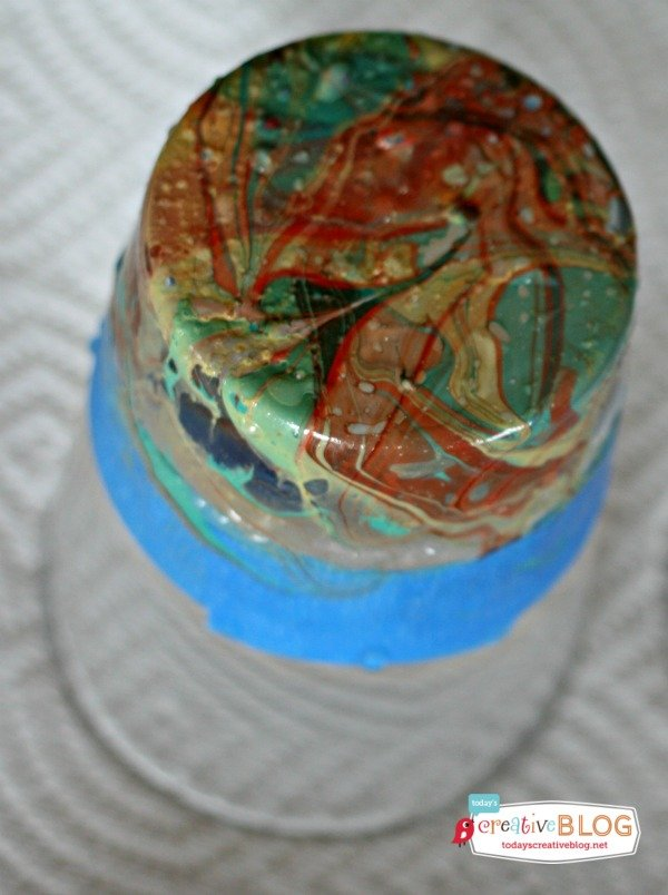DIY Marbled Glassware Using Nail Polish|Create a marbled look using nail polish. Follow this easy tutorial on TodaysCreativeLife.com
