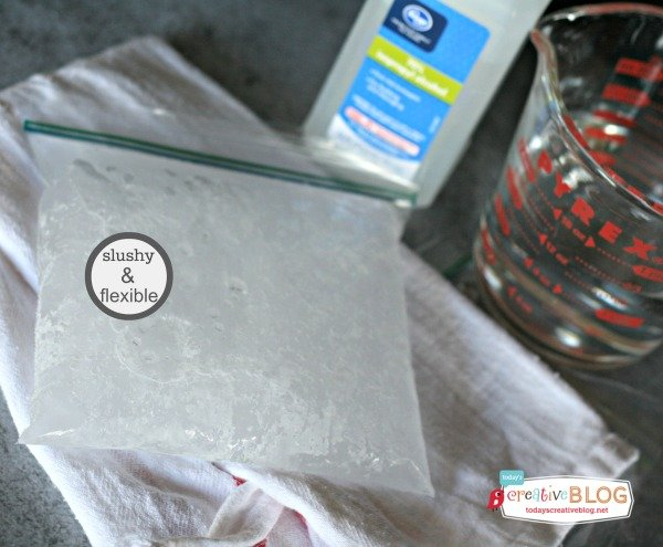 DIY Ice Pack |TodaysCreativeBlog.net