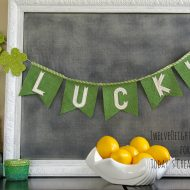 Glittered St. Patrick's Day Votives | TodaysCreativeBlog.net
