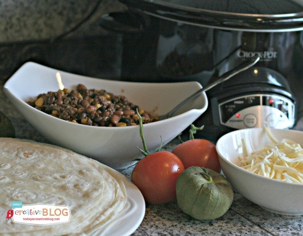 Easy Crockpot Taco Meat - TodaysCreativeBlog.net