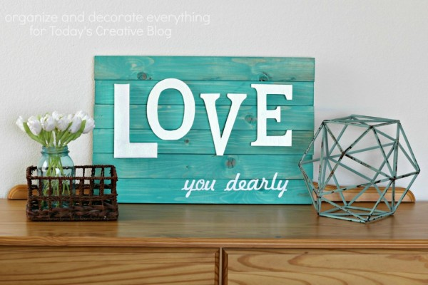 DIY Wood Slat Sign | TodaysCreativeBlog.net