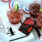4th of July Drink with Pop Rocks | Cape Codder Cocktail Recipe | Find more creative ideas on TodaysCreativeLife.com
