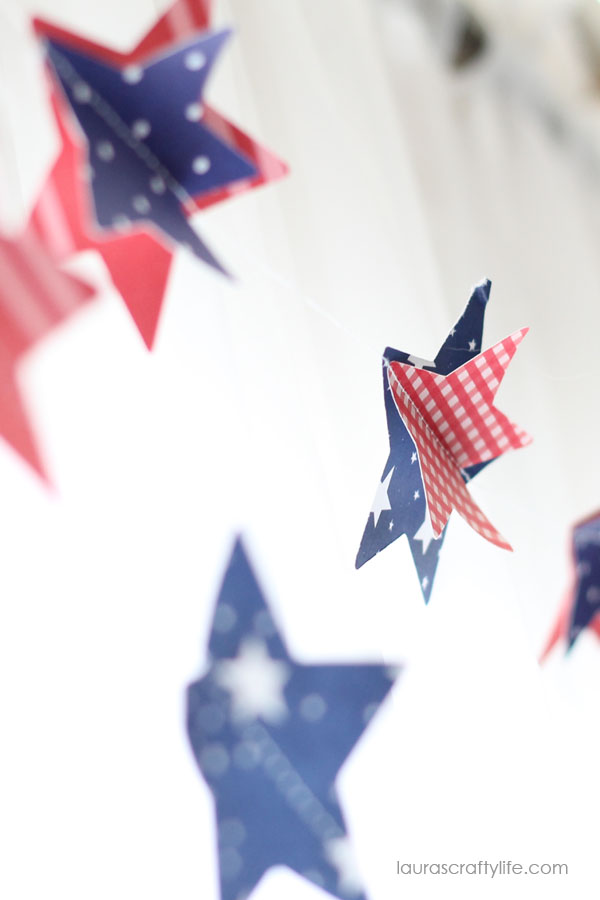 DIY Patriotic Paper Garland | 4th of July decorations | Red White and Blue Ideas | Fourth of July Party Planning and Decor | LaurasCraftyLife.com for TodaysCreativeLife.com
