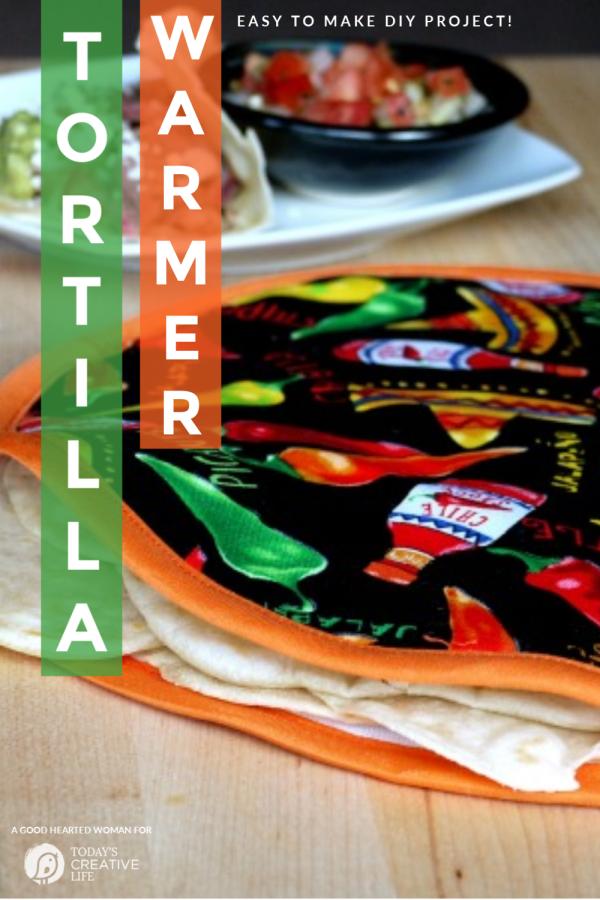 DIY Tortilla Warmer sewing project | TodaysCreativeLife.com