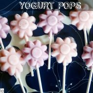 Summertime Food Fun: Easy Homemade Yogurt Pops by UrbanBlissLife.com | TodaysCreativeBlog.net