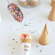 National Ice Cream Month with Cricut Explore™ by NoBiggie.com| TodaysCreativeBlog