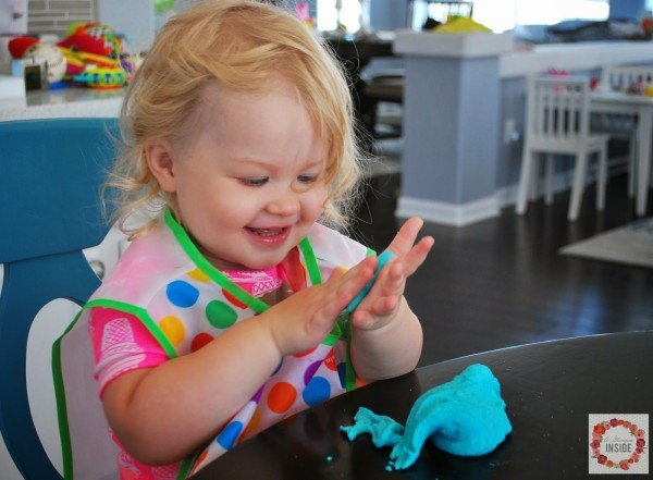 Soapy Dough - Play Dough Recipe | TodaysCreativeBlog.net