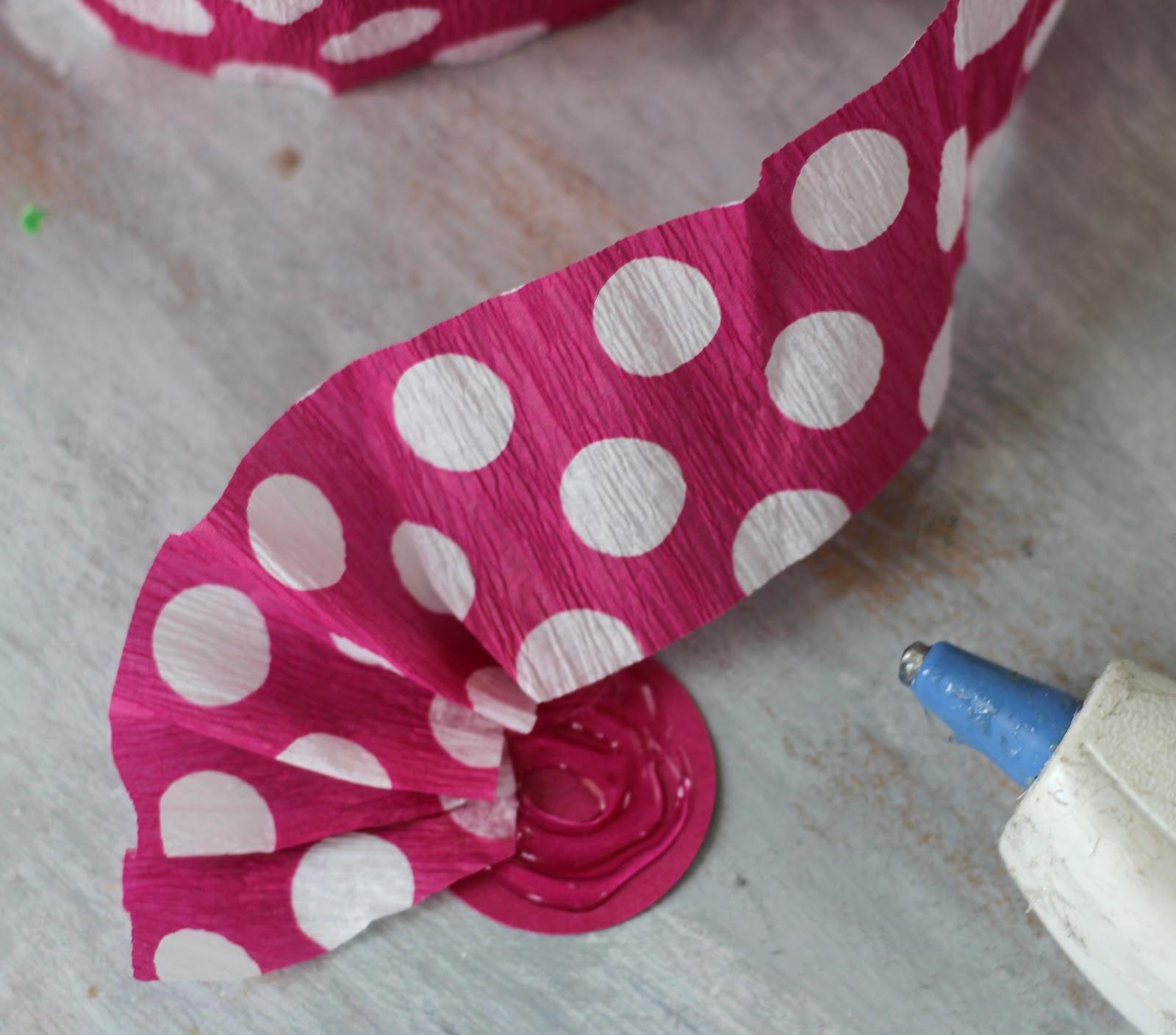 How to scrapbook flowers - How To Make Crepe Paper Flowers Todayscreativeblog Net