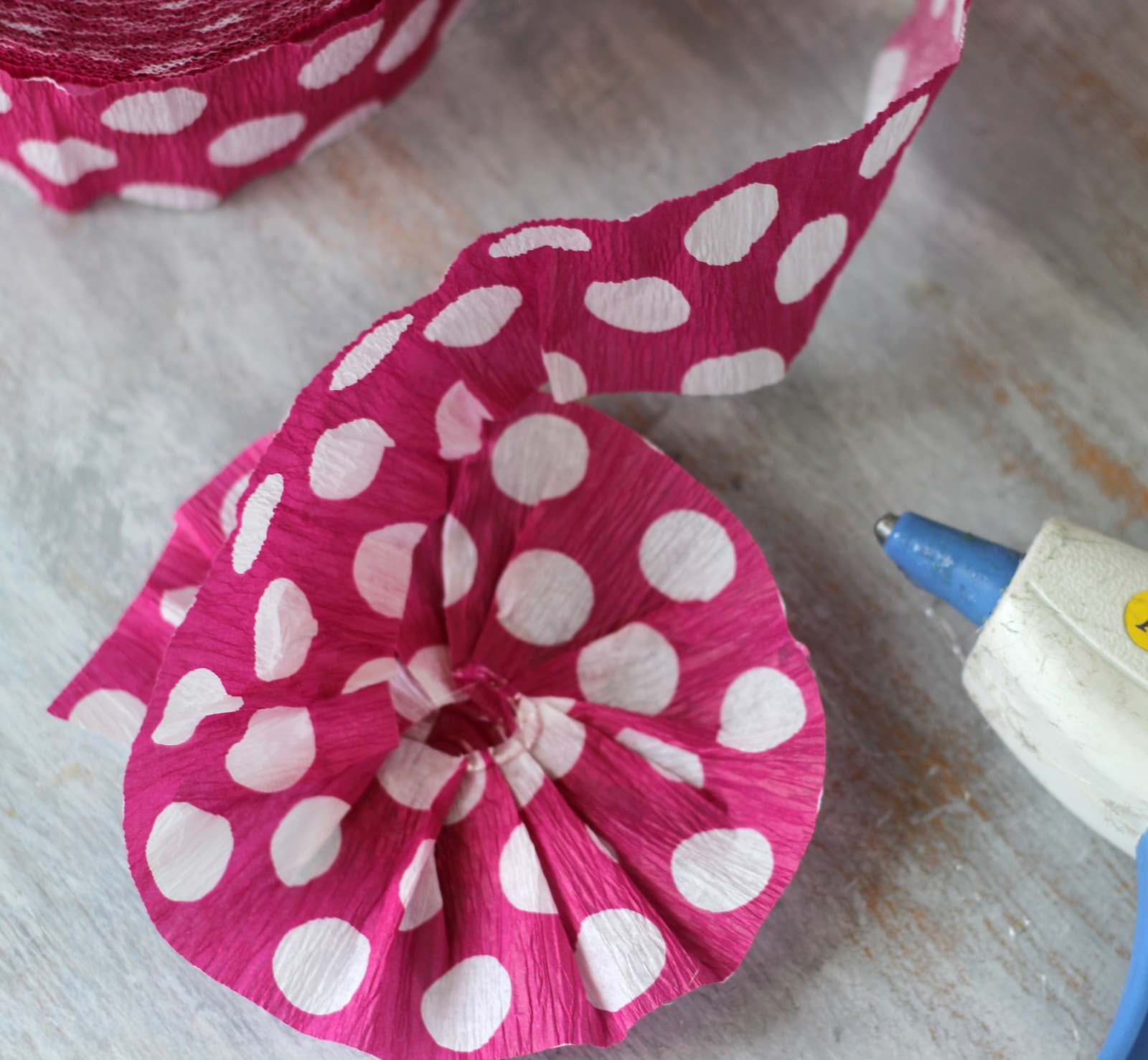 How To Make Crepe Paper Flowers Todays Creative Life