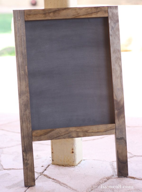 How to Build | A-Frame Chalkboard | TodaysCreativeBlog.net