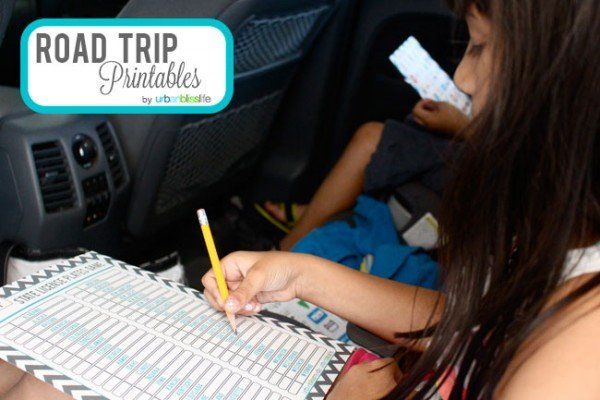 Road Trip Games for Kids - Free Printables | Keep the kids entertained on vacation with these fun travel games. Designed by UrbanBlissLife.com | TodaysCreativeLife.com