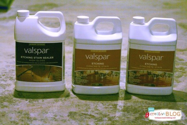 Valspar Staining and Etching Concrete | TodaysCreativeBlog.net