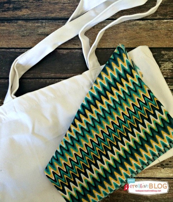 DIY Geek Chic Hashtag Tote | TodaysCreativeBlog.net