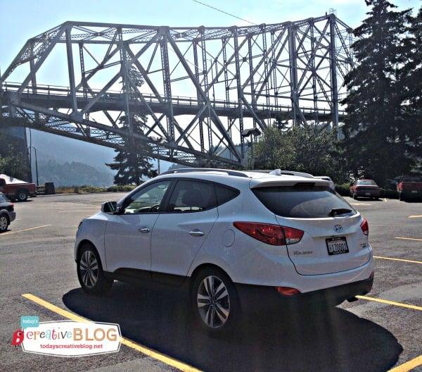 Going to the lake | Hyundai - Bridge of the Gods | TodaysCreativeBlog.net