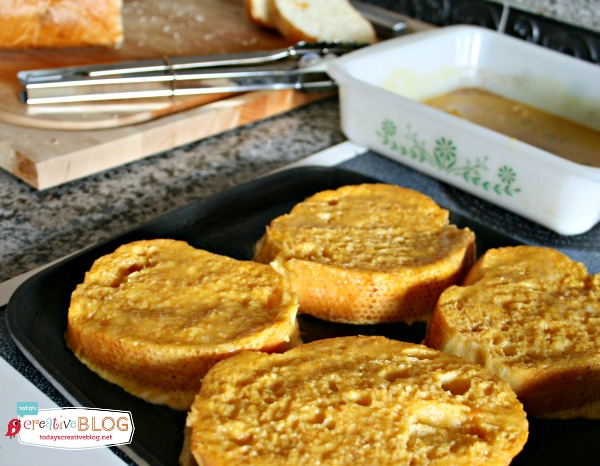 Pumpkin Crusted French Toast | TodaysCreativeBlog.net