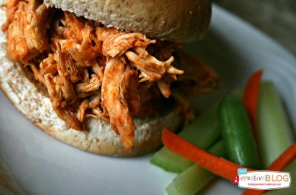 Crock Pot Shredded Buffalo Chicken | TodaysCreativeBlog.net