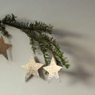 DIY Glittered Wood Star Ornaments