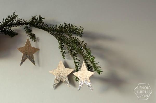 DIY Glittered Wood Star Ornaments | TodaysCreativeBlog.net