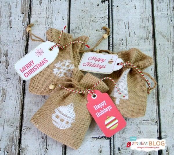 DIY Stamped Holiday Burlap Bags | TodaysCreativeBlog.net