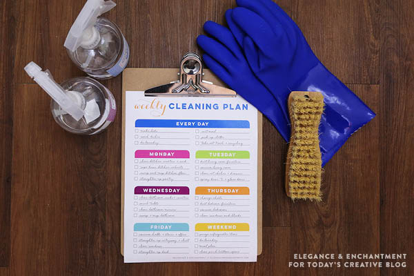 Weekly Cleaning Schedule Printable | TodaysCreativeBlog.net