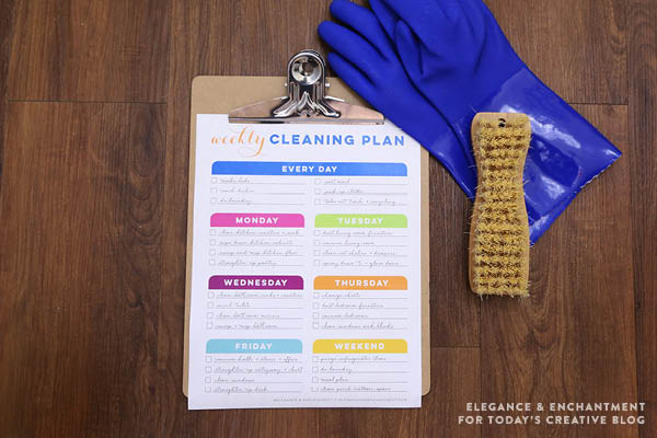 Weekly Cleaning Schedule Printable | Free Printable Cleaning and Organizing | TodaysCreativeLife.com