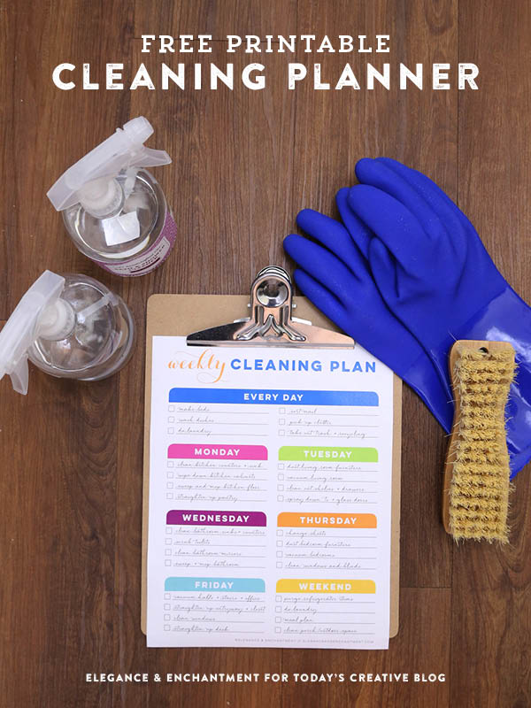 Weekly Cleaning Schedule Printable | free printable cleaning routine for you or housekeepers. Blank or filled in. TodaysCreativeLife.com