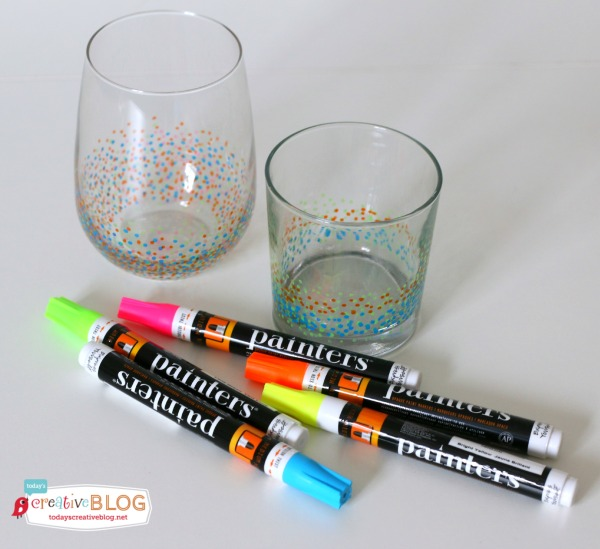 confetti painted glasses | TodaysCreativeBlog.net